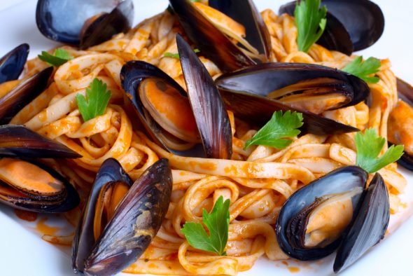 Mussel Pasta with Chipotle Creamy Sauce